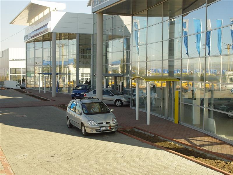 Showroom Dacia Cluj Napoca Usi Culisante, usi automate