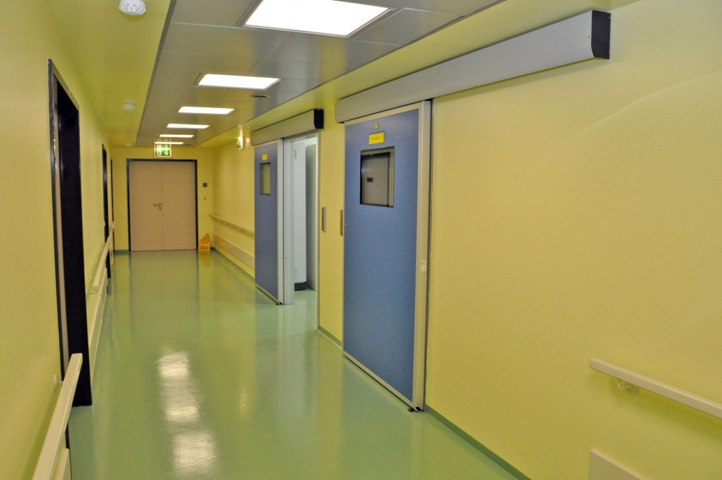 Uși ermetice, usi glisante automate, uși ermetice de spital, usa radiologie