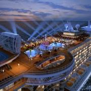 Activitati de seara - Sursa - Cruiseshipdeckplan.com - O luna de vacanta