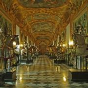Armoreria din Royal Palace - Sursa - Ilsole24ore.com - O luna de vacanta