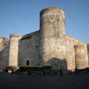 Castello Ursion Catania - Sursa - Wikimedia.org - O luna de vacanta