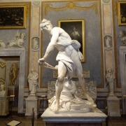 David in Galeria Borghese - Sursa - Romewise.com - O luna de vacanta