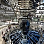 Domul de deasupra Reichstag-ului - Sursa - Thepinaclelist.com
