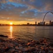 Rasarit St. Louis - Sursa - Afreshwebdesignstlouis.com - O luna de vacanta