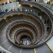 Scarile Muzeului Vatican - Sursa - Wikimedia.org - O luna de vacanta