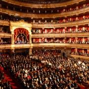 Teatrul Bolshoi - Sursa - Meros.org - O luna de vacanta
