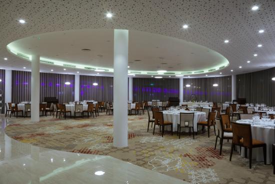 Usi rotative Hoteluri - Ramada Plaza Craiova, usi automate, usi rotative automate