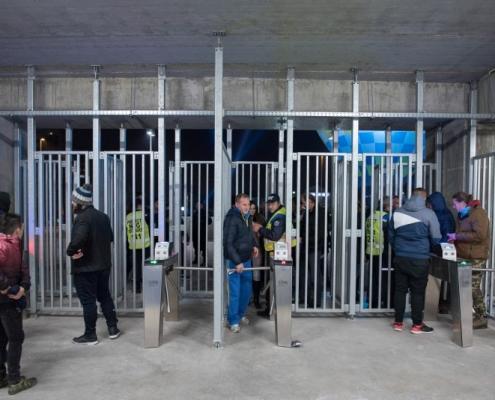 Accesul în noul stadion din Craiova prin scanarea biletului- sistem de ticketing